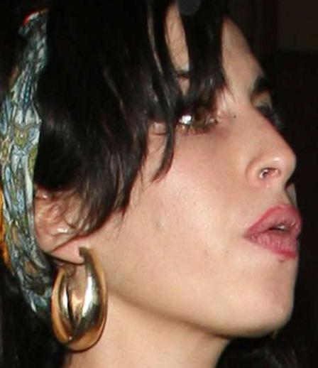 winehouse1.jpg