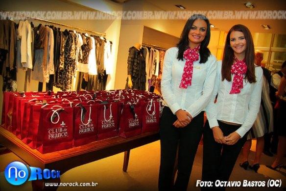 Janaina e Paloma, vendedoras do Club de France